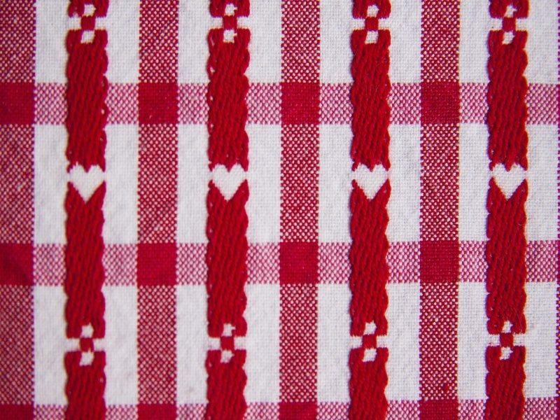 tablecloth-111393_1280